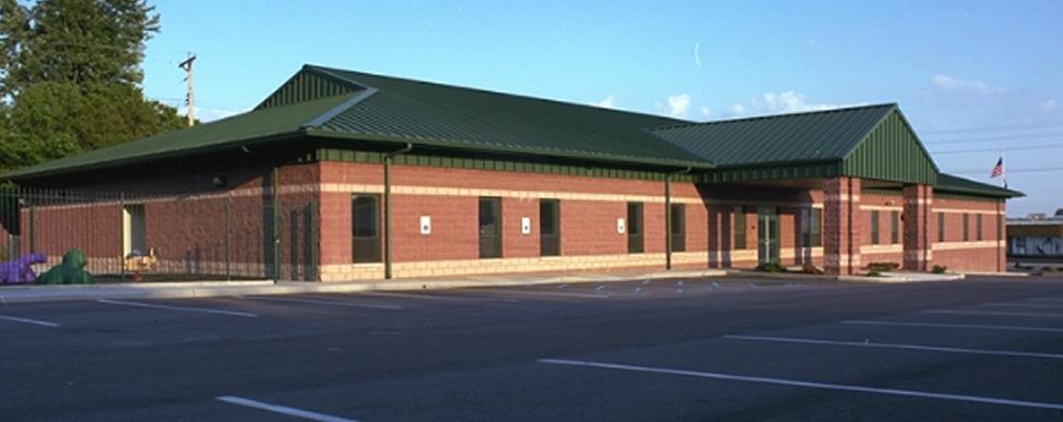 Casa dia montessori school r g ross for Butler building details